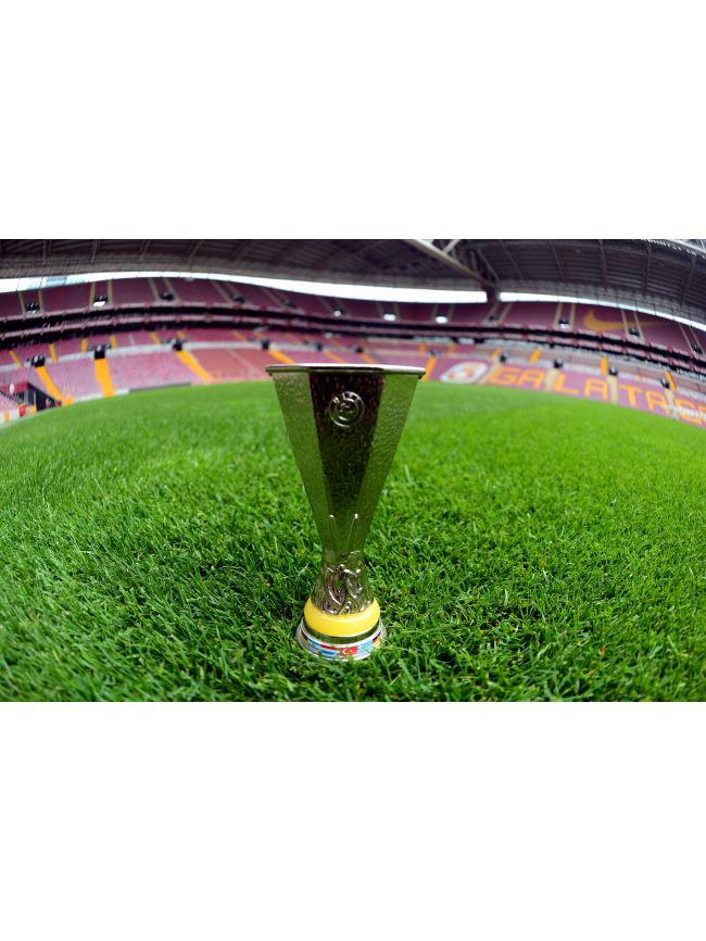U70439  UEFA KUPA