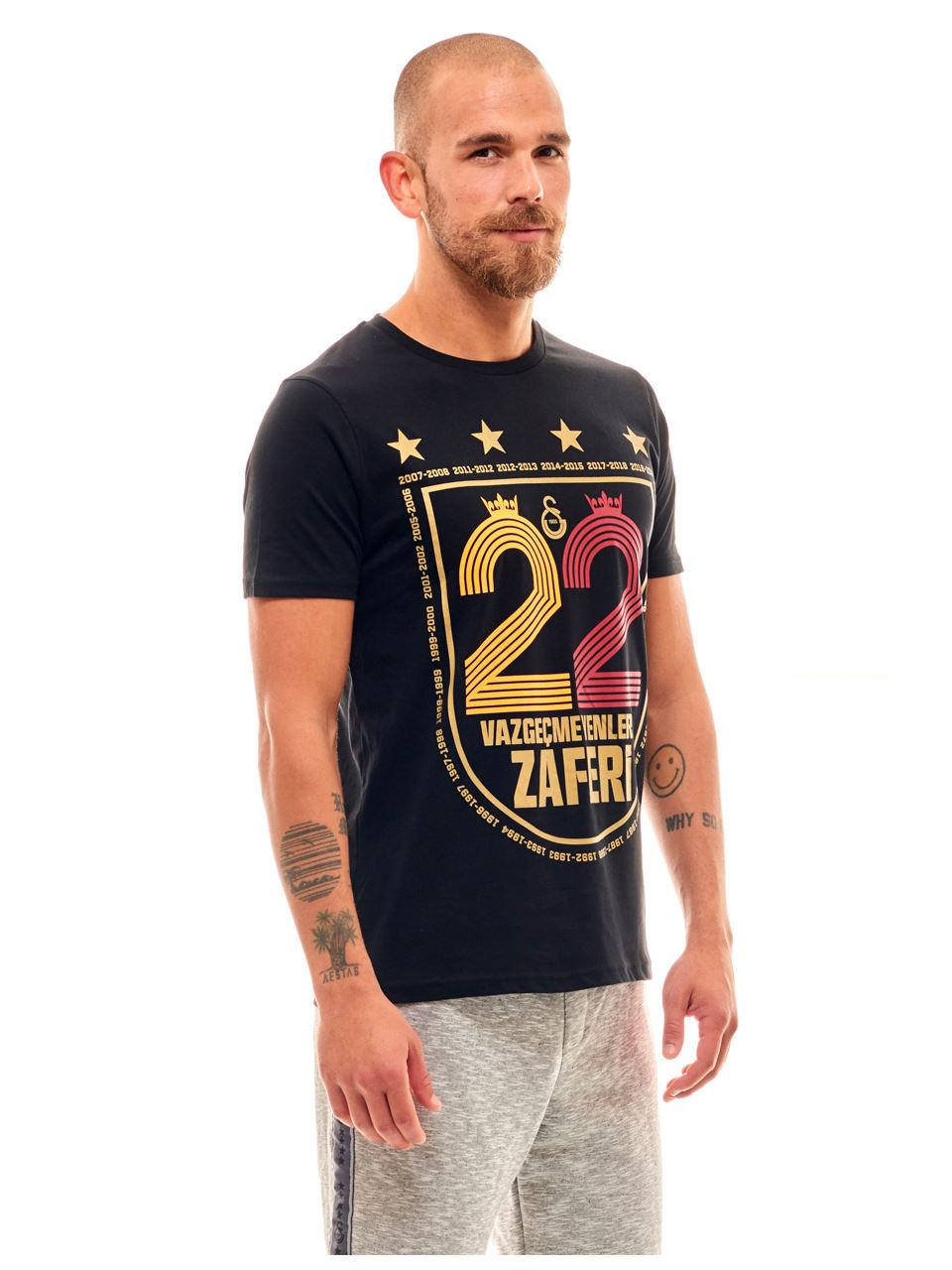 Galatasaray 22 Vazgeçmeyenlerin Zaferi Erkek T-shirt E191259