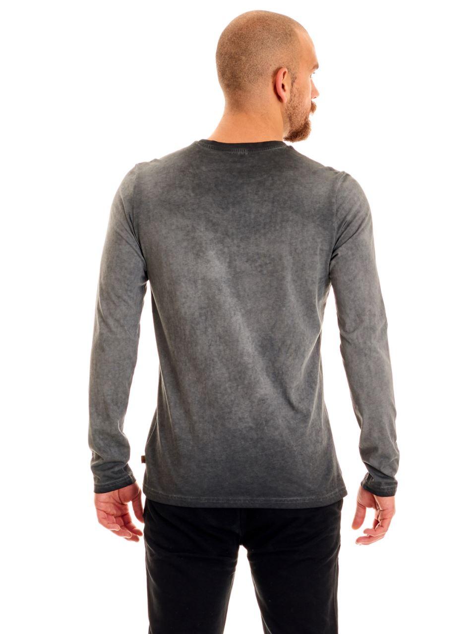E95089 T-shirt