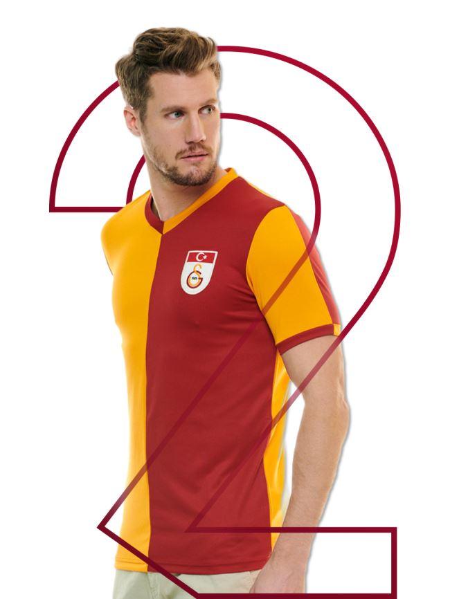 Galatasaray Efsane Parçalı Metin Oktay Retro Erkek Forma E192323