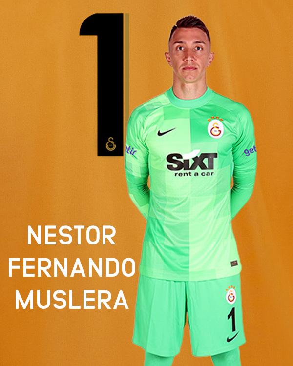 Nestor Fernando Muslera